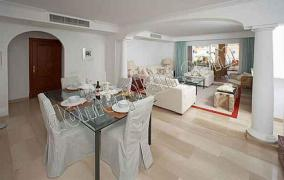 Mediterranean residence with lovely views to Cala Llamp