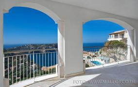 Exclusive new built apartments with views in Port Andratx