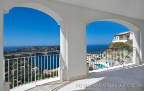 Apartamentos de lujo con vistas espectaculares en Pto de Andratx