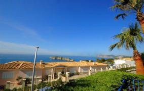 Southoriented flat with with beautiful seaviews 180º