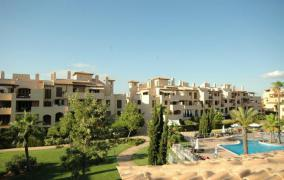 Beautiful apartment with community pool in Puig de Ros