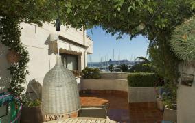 Piso en complejo residencial de lujo en el Paseo Marítimo