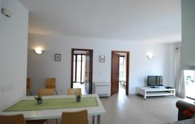 Recently constructed apartment in the centre of Porto Cristo