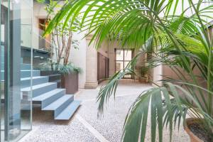 New flat on two levels to let in the gothic quarter of Palma