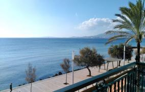 Sea View apartment in first sea line in Ciutat Jardin - DomoPlan Inmobiliaria, Real Estate, Immobilien