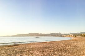 New first sea line groundfloor in Ciudad Jardin Palma