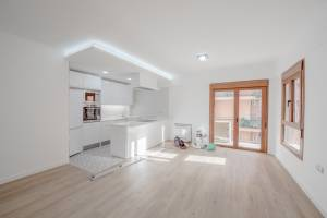 Refurbished flat in area of Blanquerna in Palma - DomoPlan Inmobiliaria, Real Estate, Immobilien
